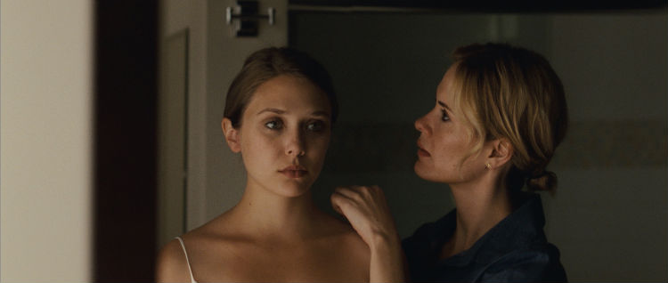 Elizabeth Olsen in 'Martha Marcy May Marlene' (Fox Searchlight)