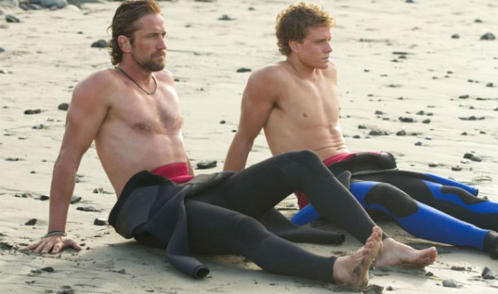 Gerard Butler and Jonny Weston in 'Chasing Mavericks' (20th Century Fox)