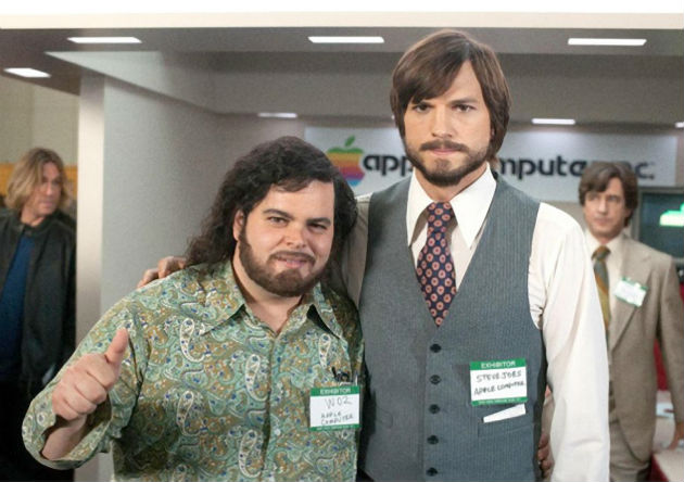 Ashton Kutcher and Josh Gad in 'Jobs'