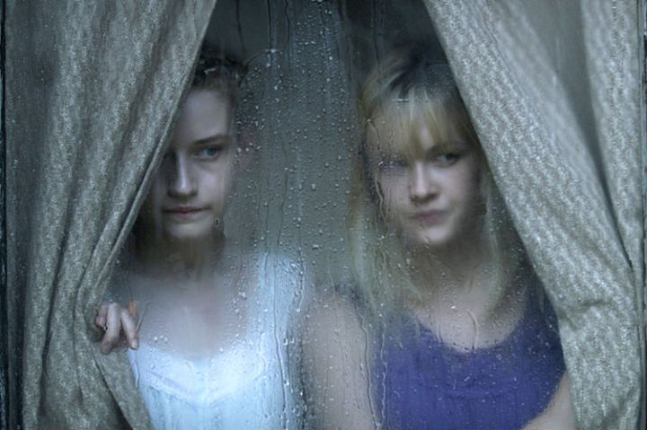 Julia Garner and Ambyr Childers in Jim Mickle's 'We Are What We Are' (Entertainment One)